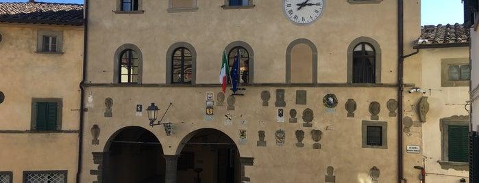 Comune di Radda in Chianti is one of Tempat yang Disukai Babbo.
