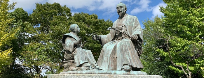 徳川斉昭公・七郎麻呂(慶喜公)像 is one of 西郷どんゆかりのスポット.