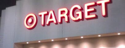 Target is one of Locais curtidos por John.