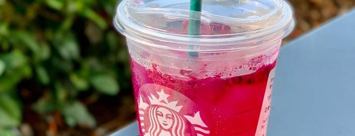 Starbucks is one of Emiliano 님이 좋아한 장소.