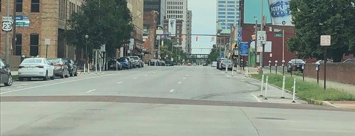 Downtown Columbus is one of Lieux qui ont plu à John.