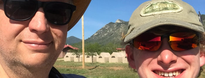 Welcome Center Philmont is one of Locais curtidos por Mike.