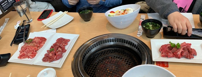 Gyu-Kaku Japanese BBQ is one of Andres 님이 좋아한 장소.