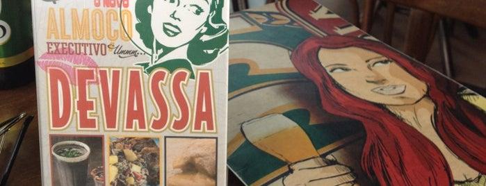 Cervejaria Devassa is one of Pub's, Club's e Coffee Shops!.