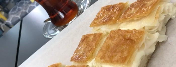 Peşrevzade is one of İstanbul yemek.