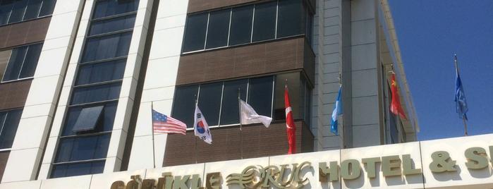 Oruç Hotel & Spa is one of Hakan'ın Beğendiği Mekanlar.