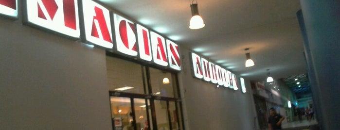 Farmacias Arrocha is one of Lugares favoritos de Mario.