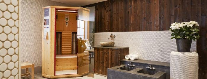 Hyperion Hotel Alpina Garmisch-Partenkirchen is one of Tim Maurice'nin Beğendiği Mekanlar.