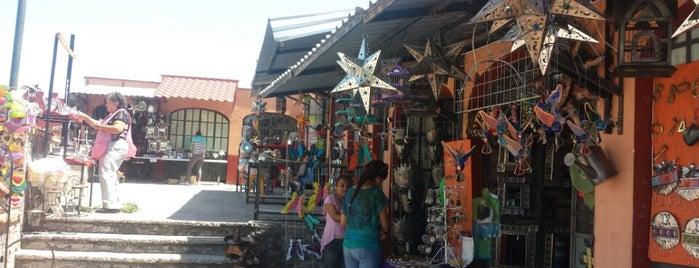 Mercado de Artesanías El Mirador is one of Aldoさんのお気に入りスポット.