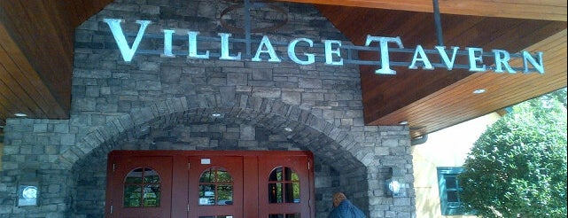 Village Tavern is one of Tempat yang Disimpan Atlanta.