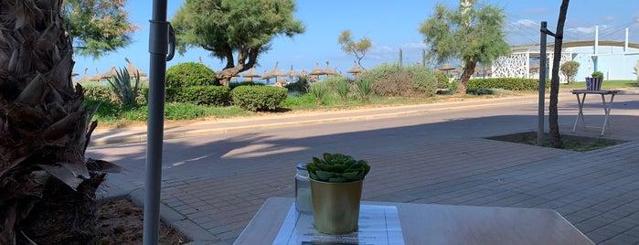 Al Faro is one of Restaurantes favoritos.