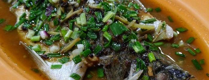 OK 美味 is one of Tempat yang Disukai Ian.