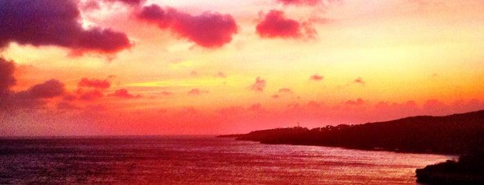 Sunset is one of Beth'in Beğendiği Mekanlar.