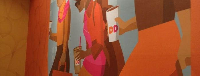 Dunkin' is one of สถานที่ที่ Gayla ถูกใจ.