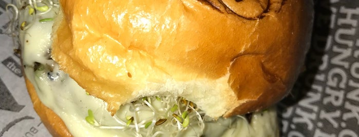Raw Burger N Bar Veggie is one of Vegan.