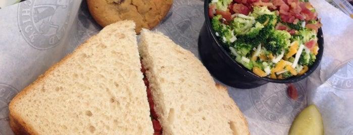 Chicken Salad Chick is one of Daron : понравившиеся места.
