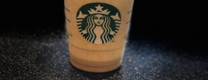 Starbucks is one of Locais curtidos por Jimmy.