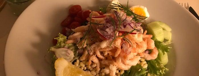 Restaurant Långa Raden is one of Por aí.