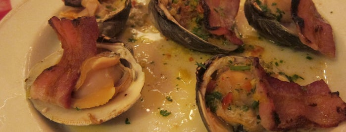 Grand Central Oyster Bar is one of Uptown Noms.