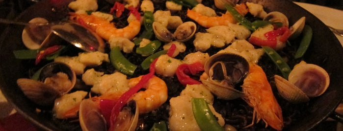 Socarrat Paella Bar is one of Uptown Noms.