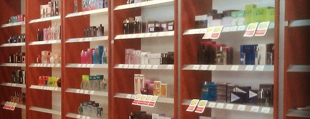 Watsons is one of Locais salvos de Tommy.