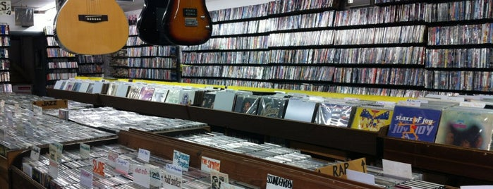 CD Reunion is one of Record Stores.