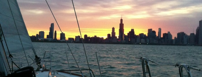 Burnham Harbor is one of Touristy things in Chicago.