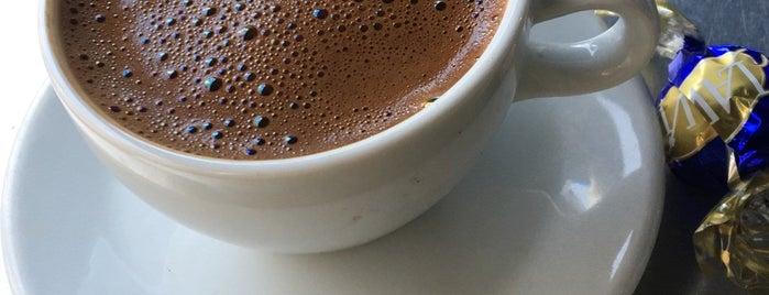 Kahve Dünyası is one of Locais curtidos por Pelin.