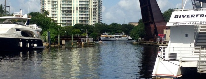 Riverwalk Park is one of Coral Springs.