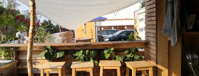 Minimal Coffee is one of สถานที่ที่ Michal ถูกใจ.