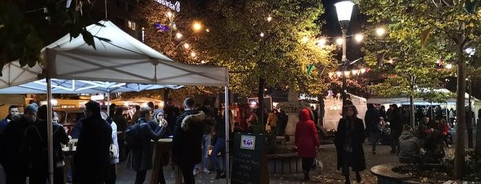 Street Food Park is one of สถานที่ที่ Martina ถูกใจ.