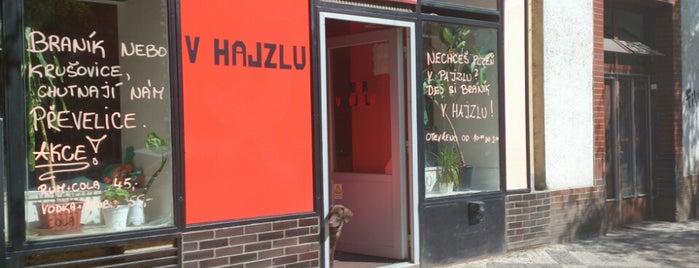 Bar V Hajzlu is one of Podniky se srandovním názvem.