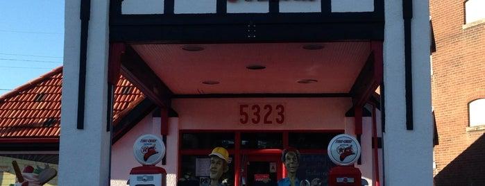 The Filling Station is one of สถานที่ที่ Jason ถูกใจ.