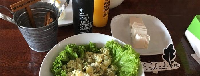 3 Monkeys Juice Bar is one of Cafe Hop PG.