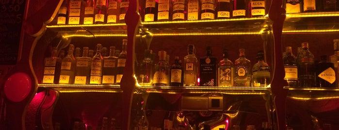 Rubi Bar is one of Janaさんのお気に入りスポット.