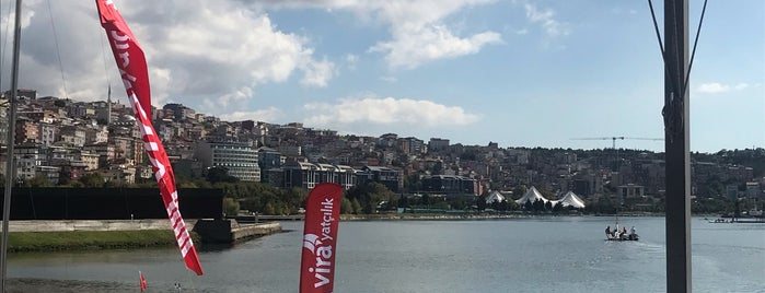 Vira Yatçılık is one of Lieux qui ont plu à Erkan.
