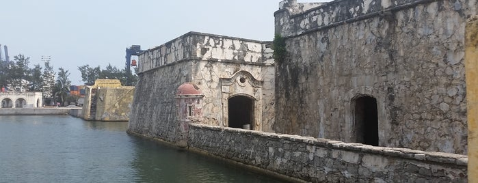 San Juan de Ulúa is one of Posti che sono piaciuti a Arthur.