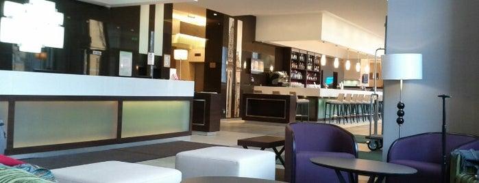 Holiday Inn Kyiv is one of Liliya : понравившиеся места.