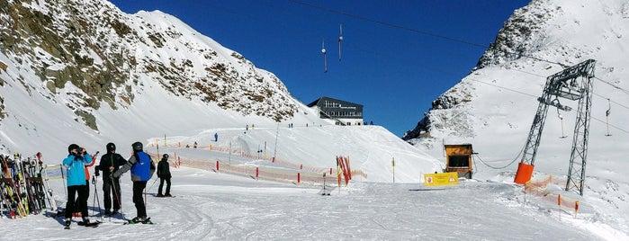 Schlepplift Gaisskarferner is one of Stubaier Gletscher / Stubai Glacier.