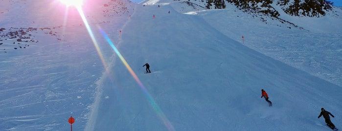 Pfaffenschneid (11) is one of Stubaier Gletscher / Stubai Glacier.