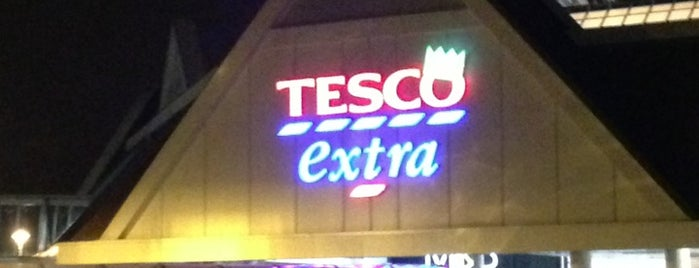 Tesco Extra is one of Tempat yang Disukai Vincent.