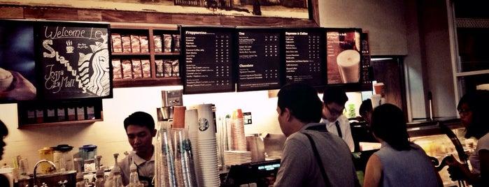 Starbucks is one of Lieux qui ont plu à Juand.