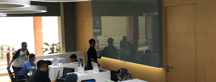 iBox Apple Store is one of 1 day grand indo, thamrin.