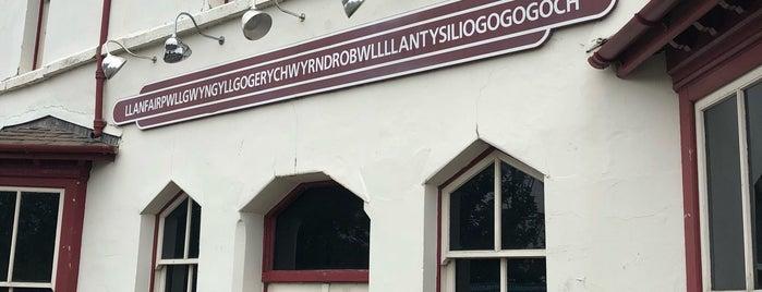 Llanfairpwllgwyngyllgogerychwyrndrobwllllantysiliogogogoch is one of Crazy Places.