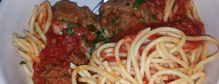 Leucadia Pizzeria is one of Locais curtidos por Joey.