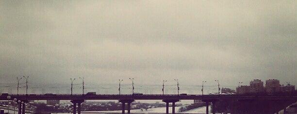 Московский мост is one of Tempat yang Disukai Alexander.