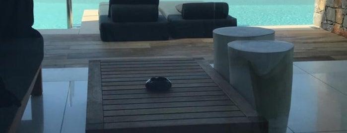 Abaton Island Resort & Spa is one of Tempat yang Disukai Mike.