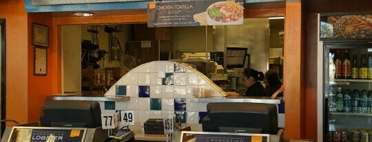 Rubio's Coastal Grill is one of สถานที่ที่ Carla ถูกใจ.