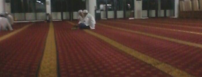 Masjid Raya Al-Ittihaad is one of Iyanさんのお気に入りスポット.