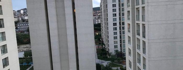 Resim İstanbul is one of Tempat yang Disukai 'Özlem.